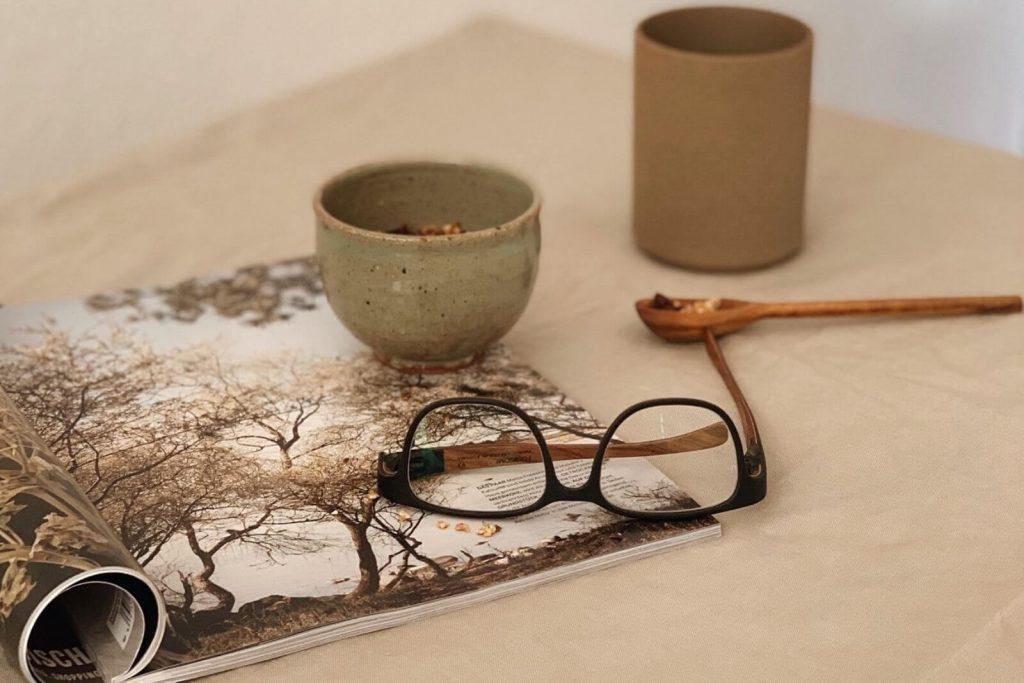 Wunderschöne Brille aus Holz